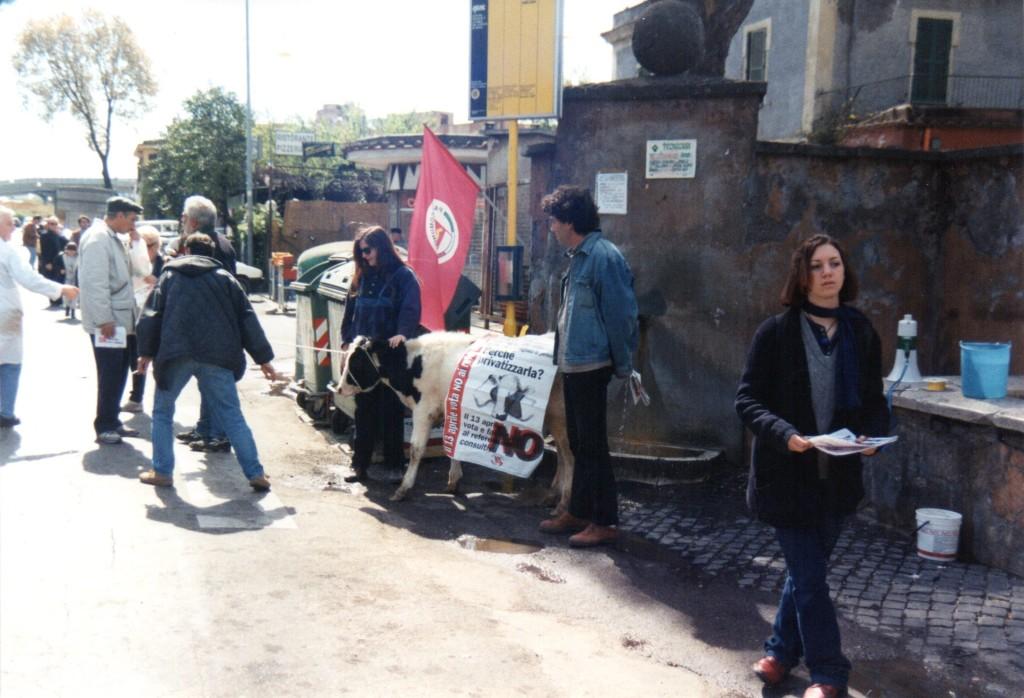 1997 Labaro Manifestazione contro Privatizzazione Centrale Latte002